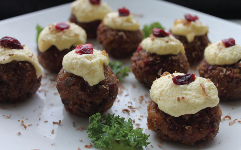 Dairy and Gluten Free No-Cook Alternative Mini Christmas Pudding Recipe